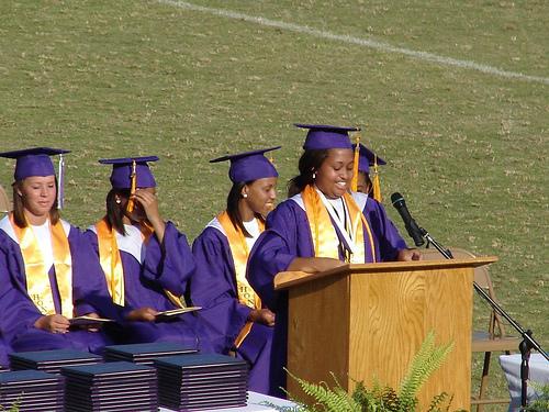 valedictorian kristen bell